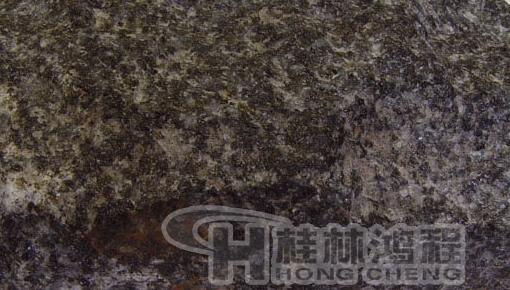 桂林鸿程磨粉机钛磁铁矿