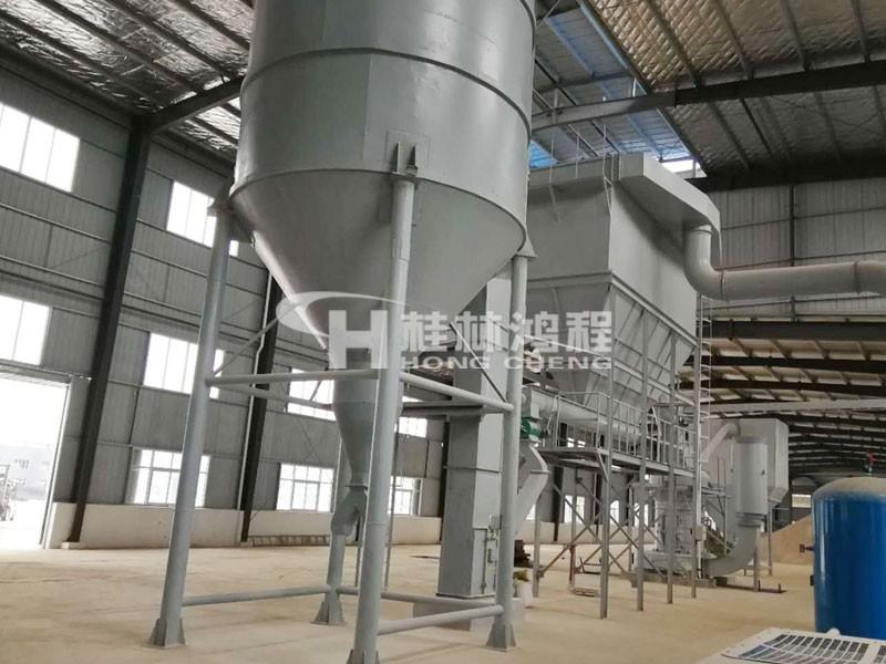 桂林鴻程產品:80目~400目粗粉R型雷蒙機 鉀長石雷蒙磨粉機 單臺磨機產能0.3-20噸每小時