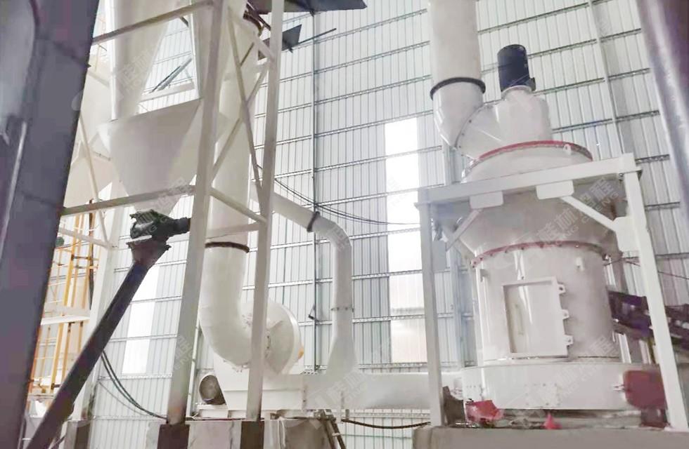 hcq1290白云石雷蒙磨粉机湖南客户启动生产线