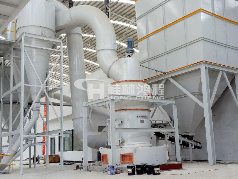 钾矿石雷蒙磨生产线HC摆式磨粉机