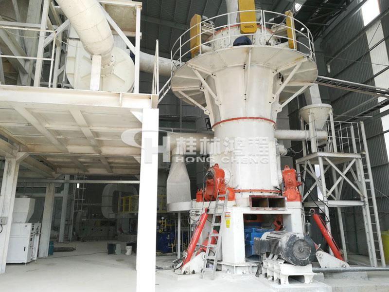 325目~2500目超细阳极炭块粉磨粉机推荐:HLMX超细立式磨粉机 325目~2500目超细阳极炭块粉磨粉机