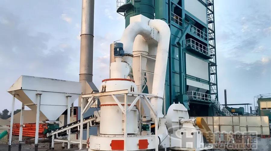 桂林鸿程雷蒙机设备:专打贝壳,田螺的磨粉机