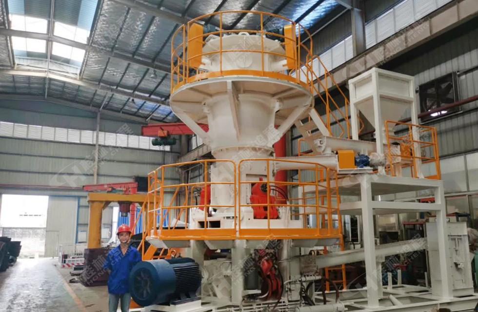 >750目矿粉机械750目HLMX超细立式磨粉机