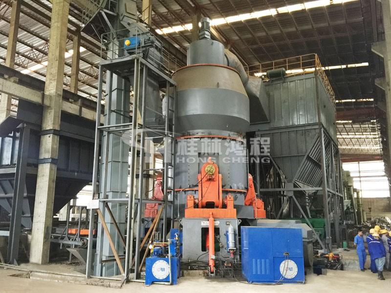 30萬噸HLM2900礦渣立磨配置電脈沖除塵器
